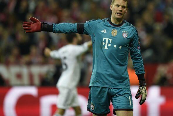 Neuer (4): El portero fue víctima de la pegada del Real Madrid. S...