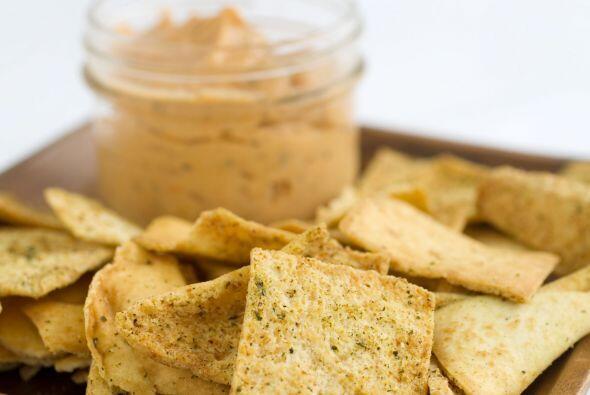 Hummus: El puré de garbanzos es uno de esos alimentos que contien...