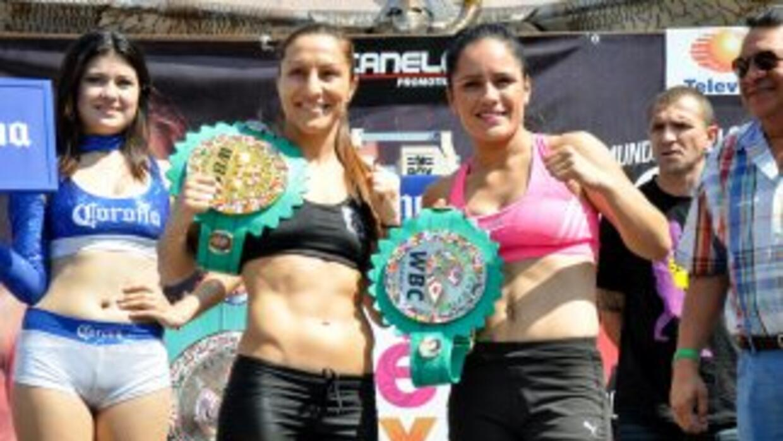 'Rusita' Rivas y Ramadan en peso (Foto: Canelo Promotions).