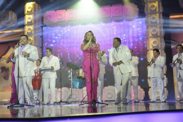 La Sonora Dinamita presentó un popurrí de sus grandes clásicos para moti...