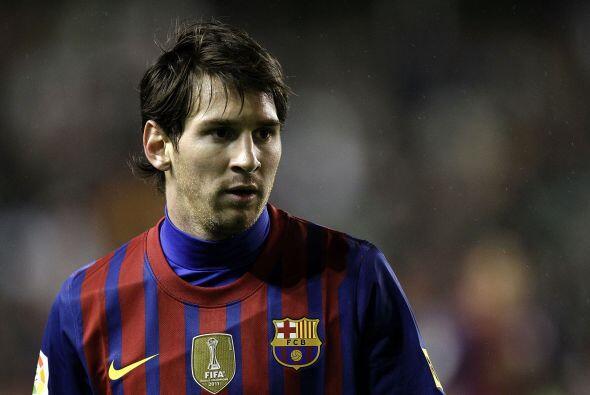 Messi estaba lejos de romper cinturas y tener el gol a sus pies.
