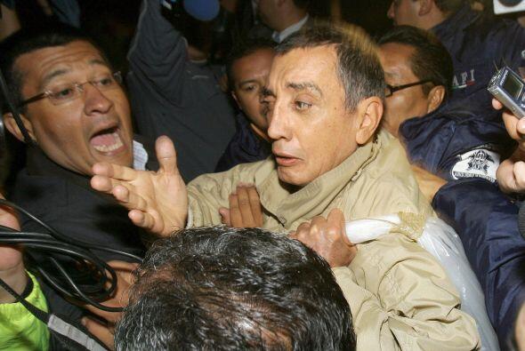 Mario Villanueva, quien fuera gobernador de Quintana Roo hasta 1999, fue...