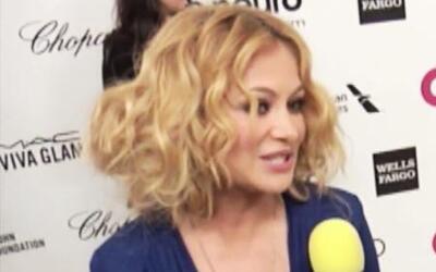 Paulina Rubio con nuevo 'look' y de fiesta con Elton John