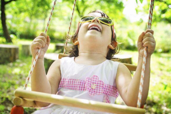 Hamacas. En plástico o madera, podrás llevar el 'playground' a tu 'backy...