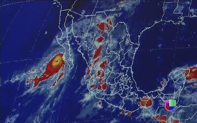 Norbert se debilita en las costas del Pacífico mexicano