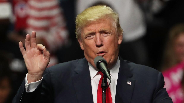 Sean Spicer confirma que inmigración está en la prioridad de Trump