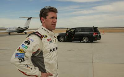 Video: Carl Edwards bate record de velocidad en una Toyota Land Cruiser