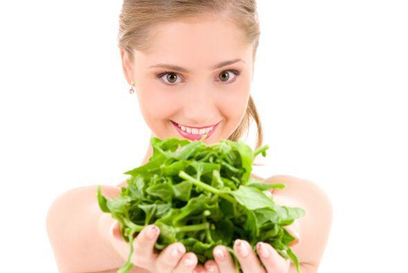 Espinaca  Las espinacas así como todos los vegetales verdes son m...