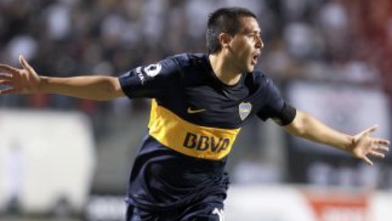 Juan Román Riquelme volvió a aportar su cuota de habilidad en el triunfo...