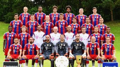El equipo alemán se tomó la foto oficial para la temporada de la Bundesl...