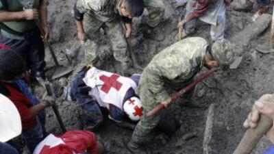 Labores de rescate tras un deslave en Veracruz. (Imagen de Archivo).