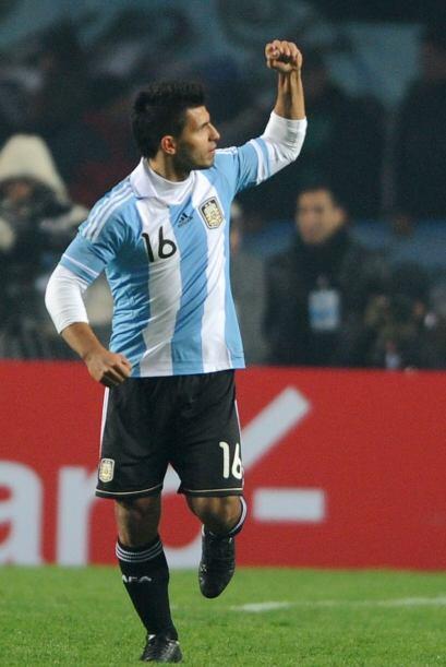 Aguero salvó a Argentina al minuto 75 con su gol y así evitar una catást...