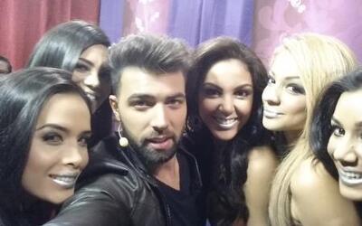 Las chicas se tomaron su selfie con Jencarlos