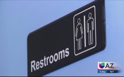Reacciones ente bloqueo de ley de baños transgénero