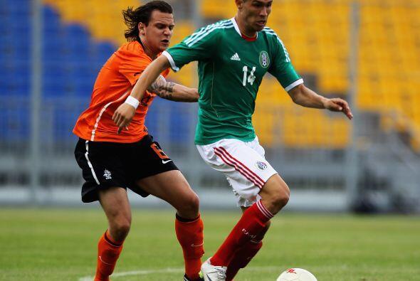 La olímpica mexicana comenzó a sufrir para hacerse de la pelota hasta qu...