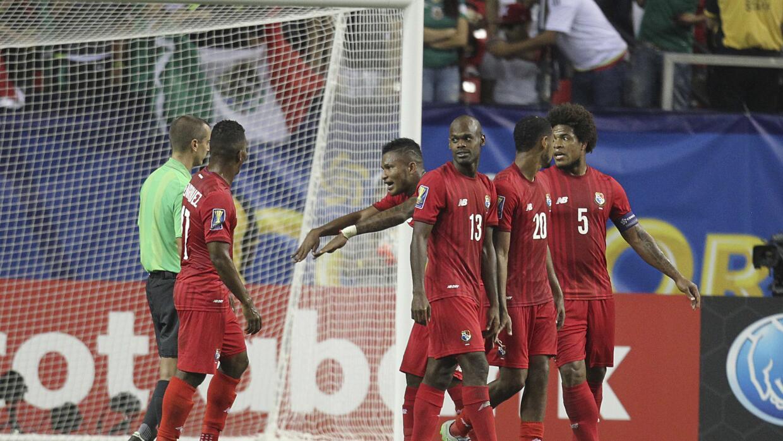 Panamá se sintió afectado en el partido contra México.