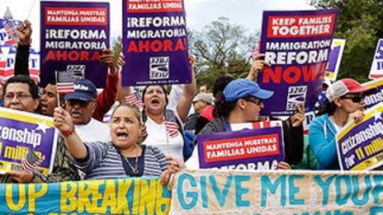 La reforma migratoria se convirtió en un dolor de cabeza para demócratas...