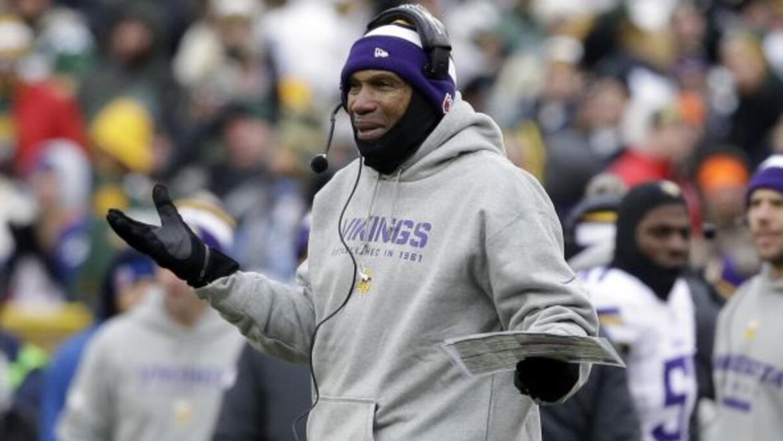 Los Vikings buscarán un nuevo entrenador en jefe (AP-NFL).