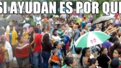 Cártel del Golfo reparte despensas a damnificados en Tamaulipas. (Foto t...