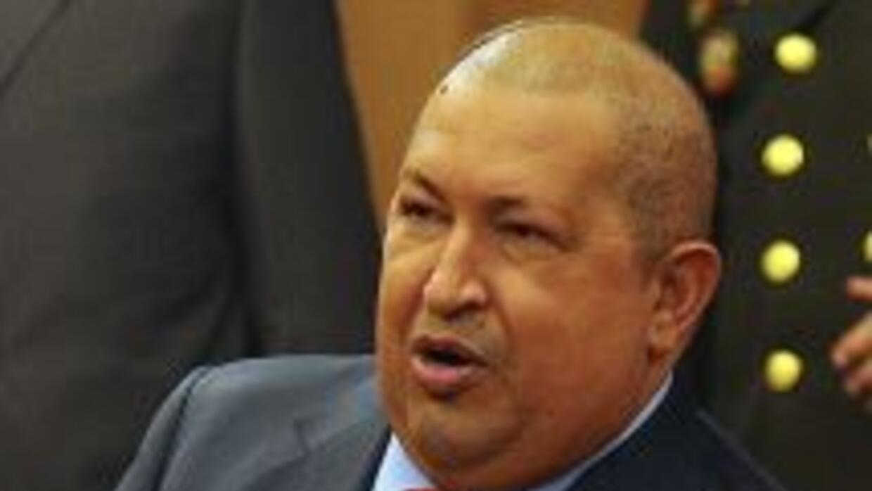 El presidente venezolano, Hugo Chávez anunció el cierre de su consulado...