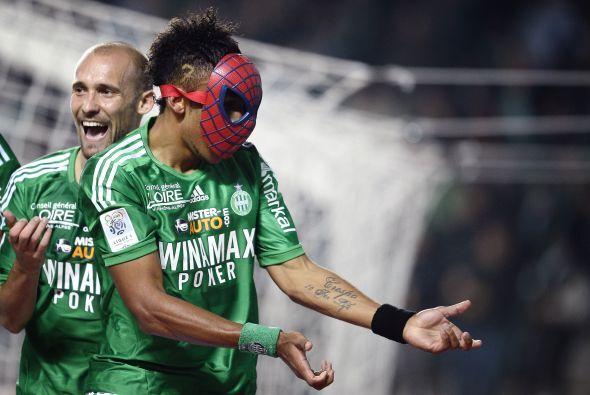 Lo hizo cuando le marcó al Stade Rennes de Francia.