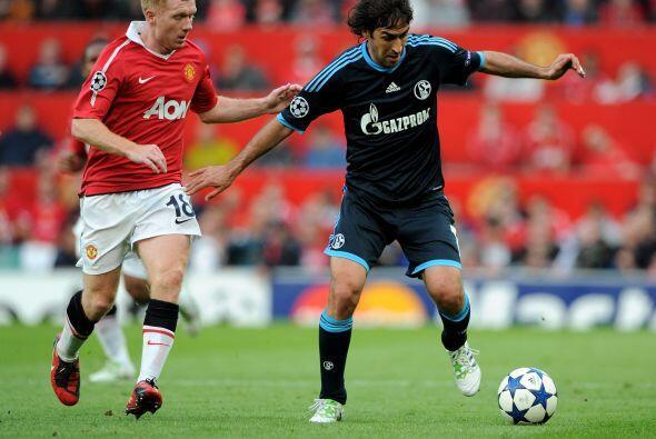 Raúl y los alemanes quisieron cerrar el primer tiempo con el empate, sin...