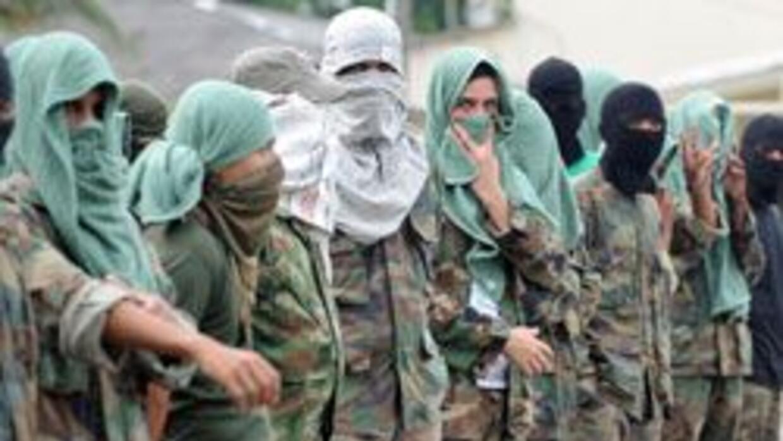 Desconocidos atacaron con granada la casa de alcalde colombiano de Tierr...