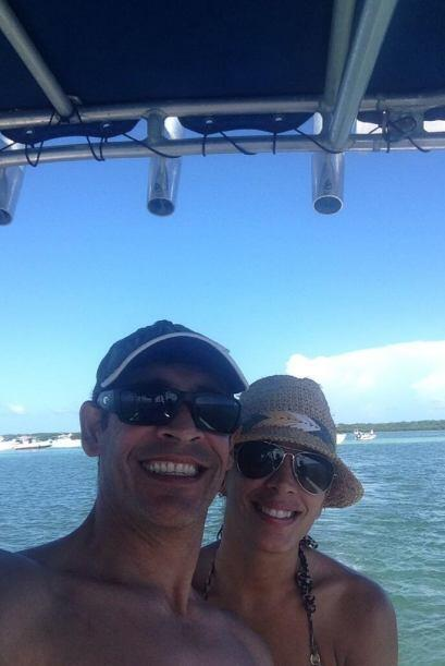 """""""23 años después y la sigo amando @SandyMelendez2 eres la mejor"""", dijo J..."""