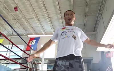 Así se prepara Kanat Islam para su combate con Norberto González