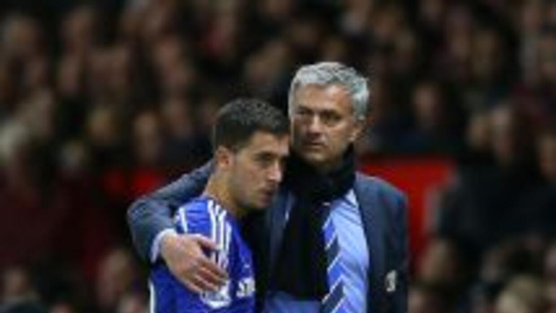 'Mou' quiere quedarse con Hazard.