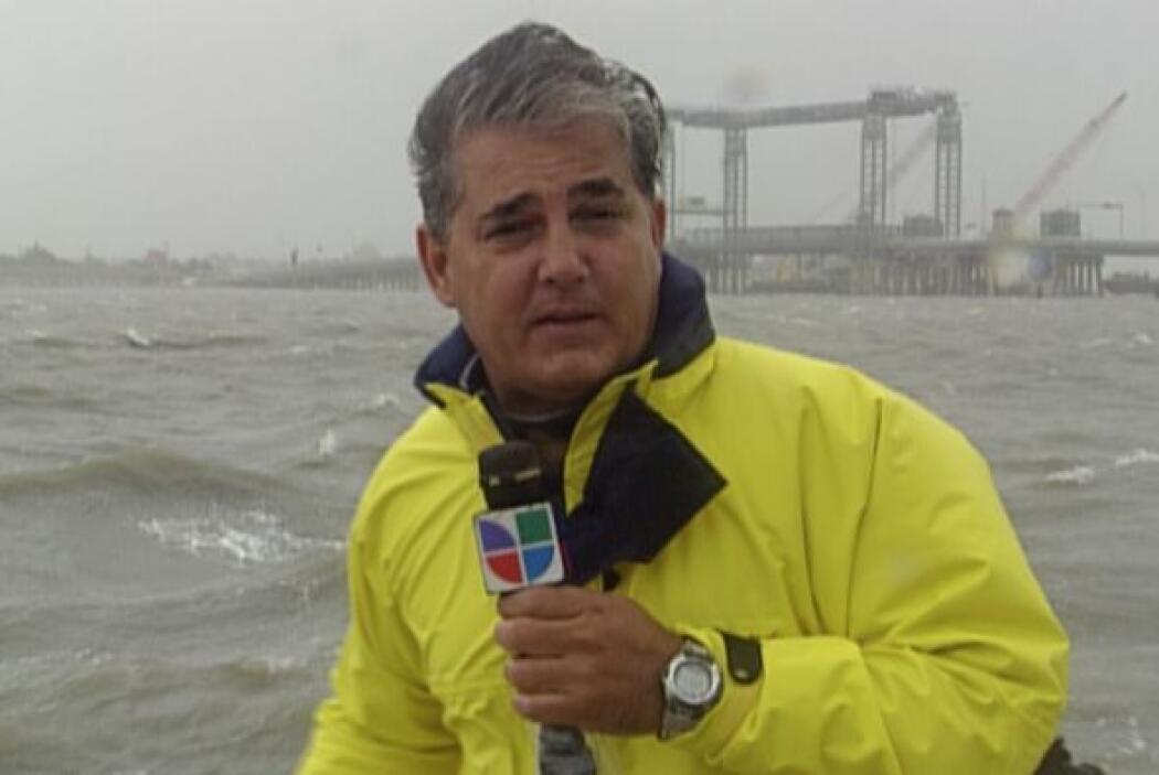 N uestro corresponsal Ricardo Arambarri comenzó a trabajar en Primer Imp...