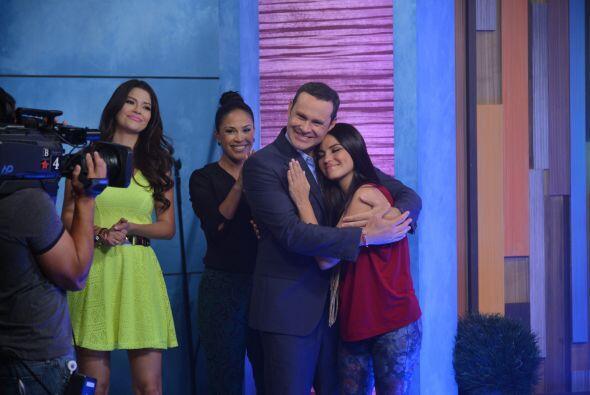 ¡Quién no quisiera abrazar a Maite Perroni! No cabe duda que Alan tiene...