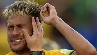 Neymar sufrió demasiado pero Brasil alcanzó los cuartos de final en pena...