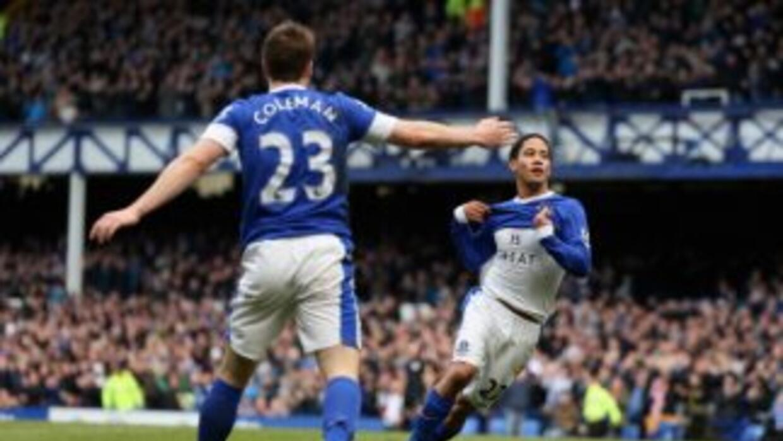 Everton se mantuvo en la pelea por Europa League con su triunfo sobre Fu...