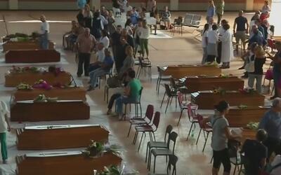 Aumentan los muertos por sismo en Italia