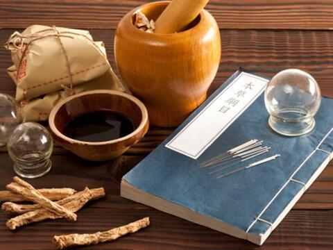 El cupping o terapia de ventozas es un antiguo método terap&eacut...
