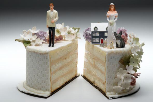 ¿Te has casado o divorciado?-  Si deseas que tu pareja y tú aseguren sus...