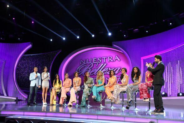 Al final, las chicas se reunieron para el NBL Extra, en donde se habl&oa...