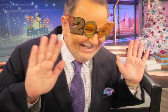 Raúl culminó el primer programa del 2014 con una sonrisa de oreja a oreja.