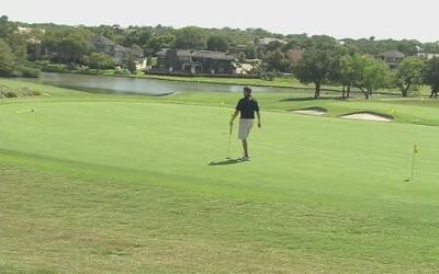 Beca para golfistas de UTA