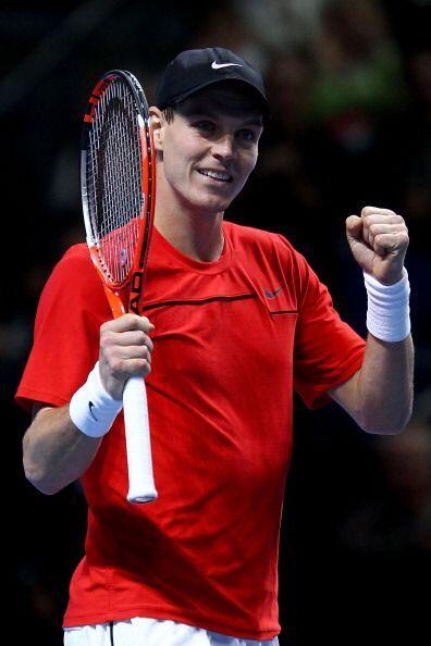 El checo Tomas Berdych, séptimo tenista del mundo, se impuso en e...