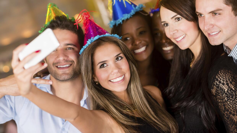 Una fiesta de juegos es ideal para divertirse en familia o entre amigos.