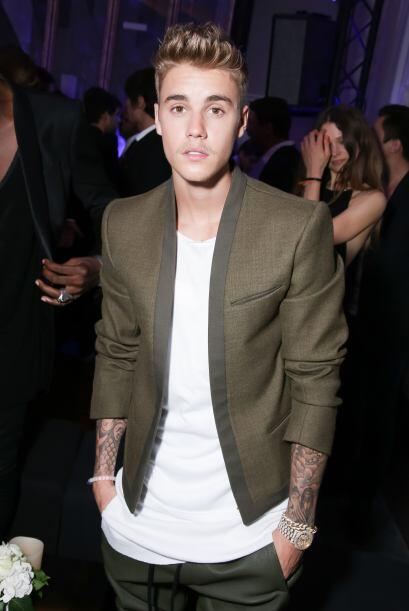 Tal parece que no hay nada que Justin Bieber disfrute más que salir de f...