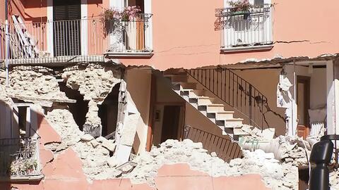 Continúa la búsqueda de sobrevivientes tras terremoto en Italia