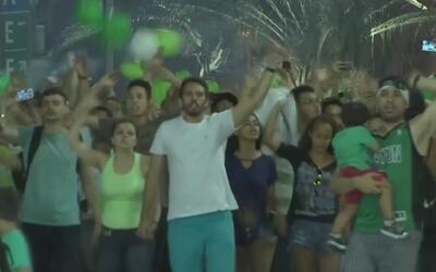Miles de brasileños homenajearon al Chapecoense el día que hubiera jugad...