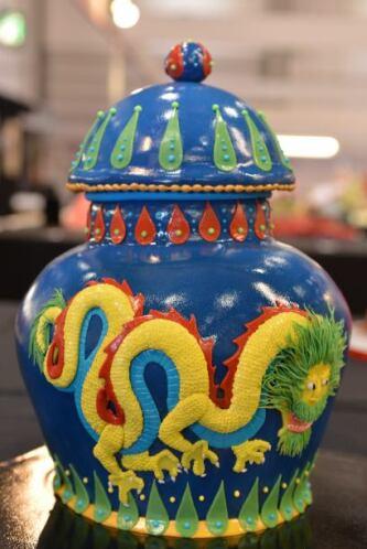 Y para gustos más sofisticados, un hermoso jarrón.