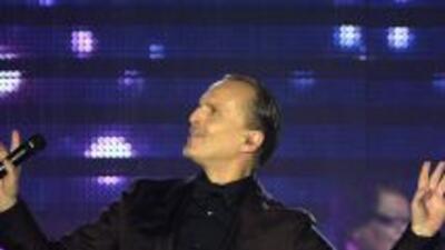 Miguel Bosé durante su presentación en el Latin Grammy 2013.