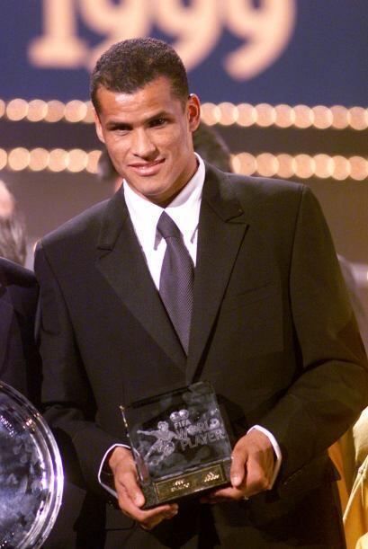 En 1999 particularmente, el Balón de Oro y el premio al Jugador d...