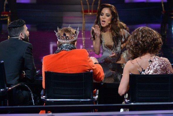Cuando Osmel le pidió que firmará, la puertorriqueña-mexicana no lo pens...