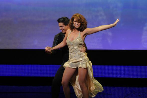 Y Lucero qué tal, sabíamos que bailaba muy bien, pero esto nos dejó con...